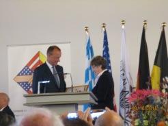 Ambassor Anderson with the VDAC President, Sigrid Behnke-Dewath